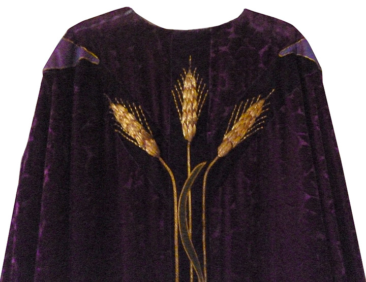 vestment-repair_142